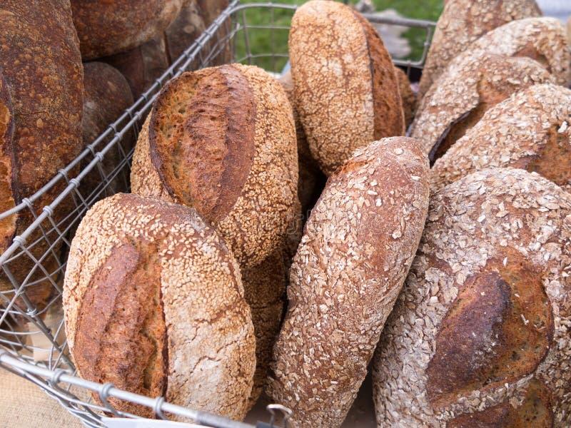 Brood bij Landbouwersmarkt royalty-vrije stock foto's