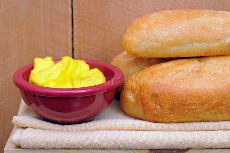 Download Brood en boter stock afbeelding. Afbeelding bestaande uit rood - 29511105