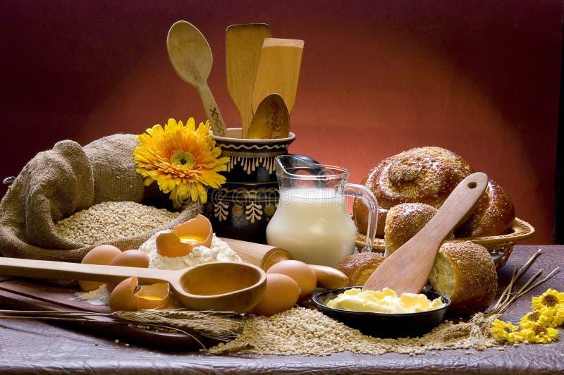 Brood en melk royalty-vrije stock foto