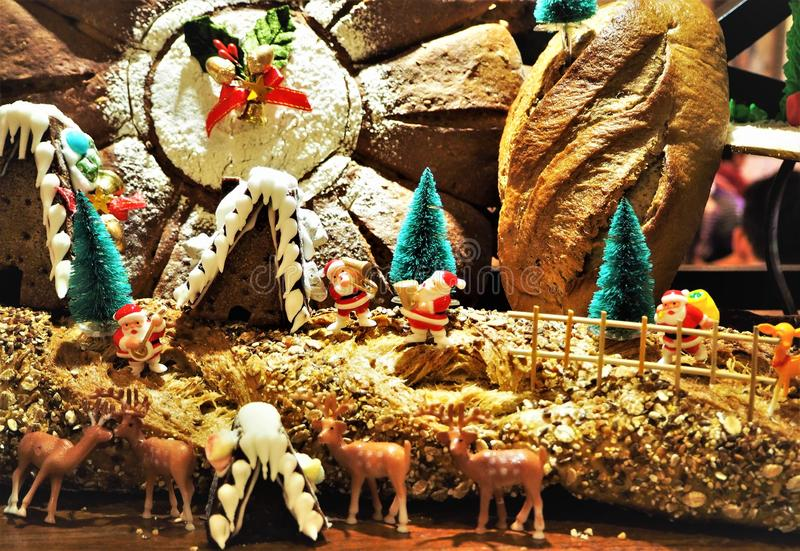 Brood gemaakte Kerstmis Decolation in het Restaurant stock afbeeldingen