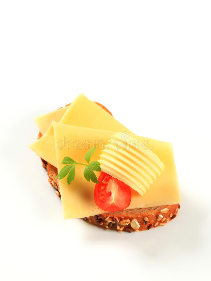 Brood met boter en kaas stock fotografie