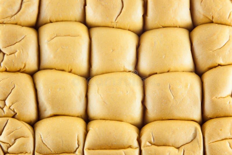Brood op een witte achtergrond royalty-vrije stock foto