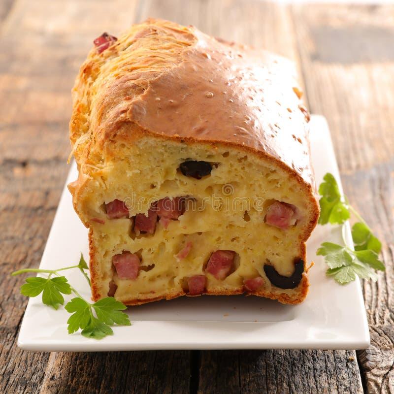 Broodcake met olijf royalty-vrije stock fotografie