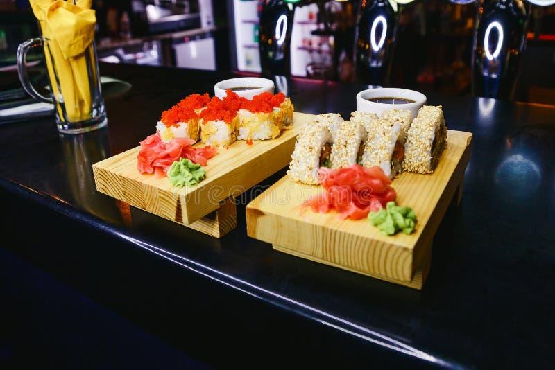 Broodjes met gember en wasabi royalty-vrije stock foto's
