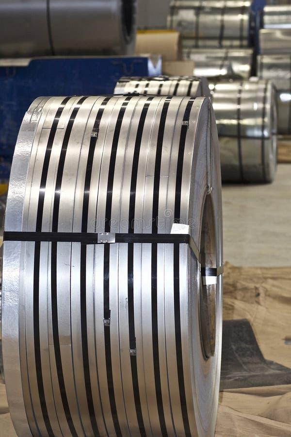 Broodjes van koudgewalst gegalvaniseerd staal in voorraad royalty-vrije stock foto's
