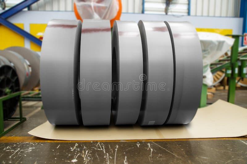 Broodjes van metaal in fabriek royalty-vrije stock afbeeldingen