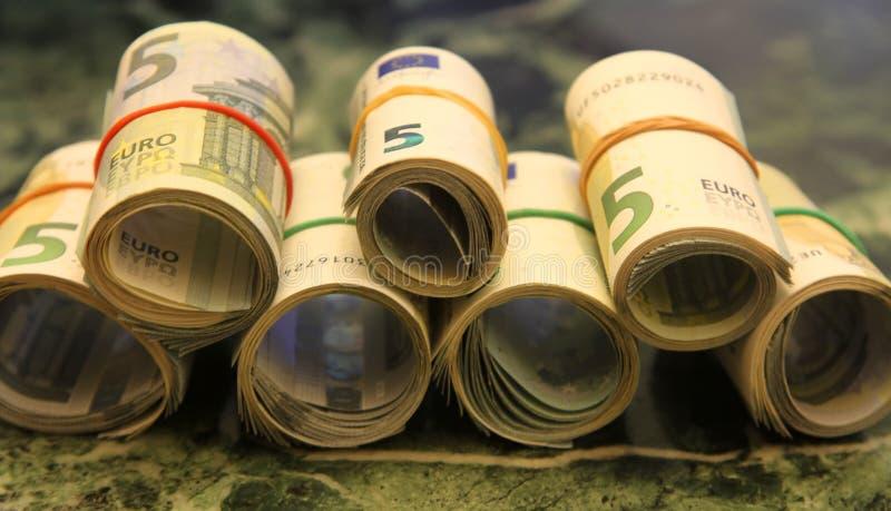 Broodjes van nota's van 5 euro stock afbeeldingen