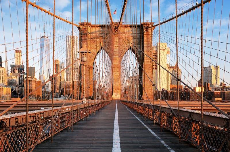 Brooklyn-Brücke bei Sonnenaufgang, New York City, Manhattan stockbild