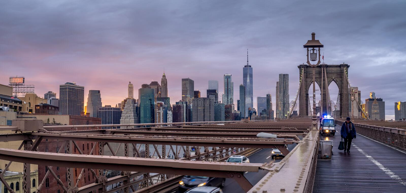 Brooklyn-Brücke am Sonnenuntergang in New York City lizenzfreies stockfoto
