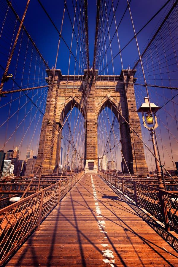 Brooklyn-Brücke und Manhattan New York City US stockbilder