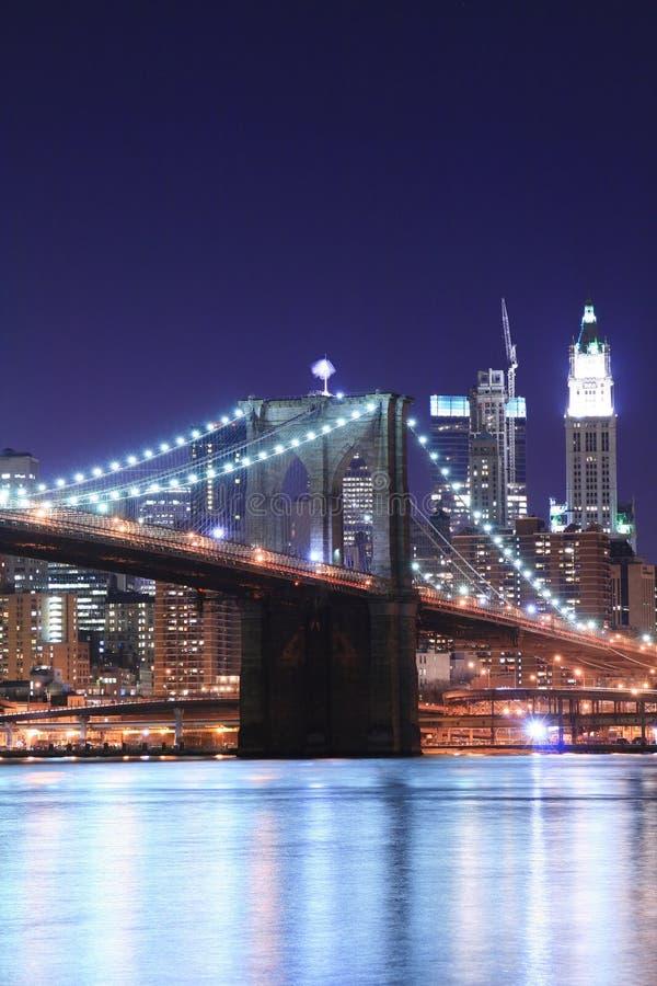 Brooklyn bridge noc zdjęcie stock