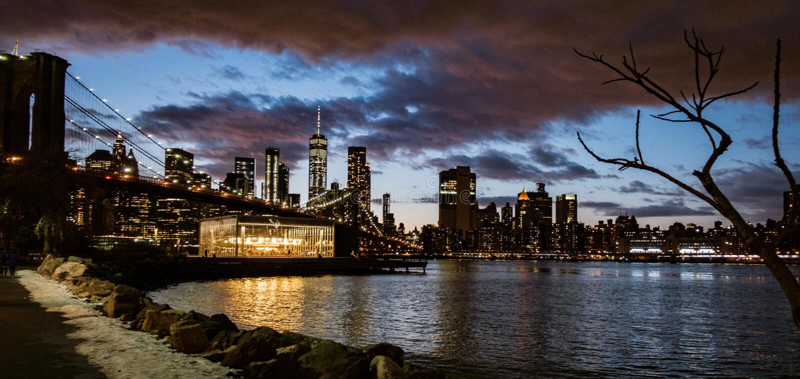 Brooklyn Bridge, seen from Dumbo Park just before sunset. BROOKLYN, NEW YORK, MAR 27, 2018: Brooklyn Bridge, seen from Dumbo Park just before sunset stock images