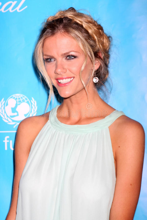 Download Brooklyn Decker editorial image. Image of 2011, hotel - 22467350