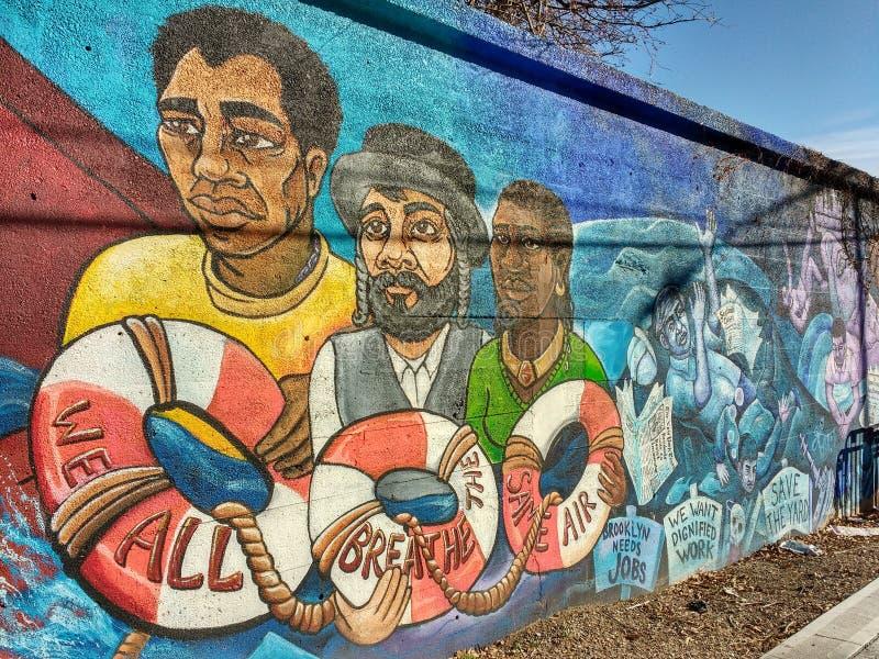 Brooklyn malowidło ścienne, Tutaj Iść Coś, Brooklyn, NYC, NY, usa obraz stock