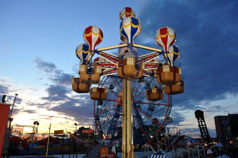 BROOKLYN, NEW YORK - MEI 31 Coney Island Luna Park in Brooklyn royalty-vrije stock afbeelding