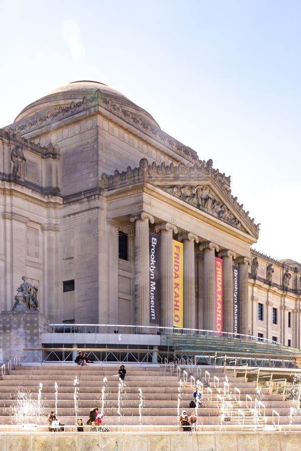 Brooklyn NY/Etats-Unis - 17 avril 2019 : une vue verticale du musée de Brooklyn, un Musée d'Art situé à New York City photos stock