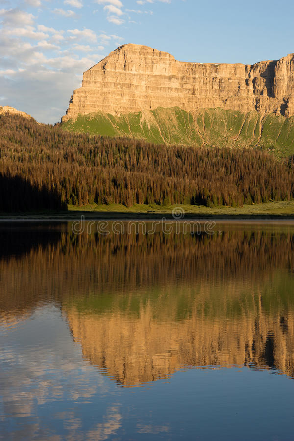 Brooks Lake Breccia Cliffs Mountain Range Shoshone National Forest stock images