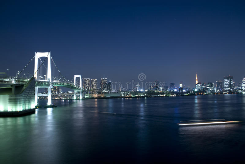 broregnbåge tokyo arkivbilder