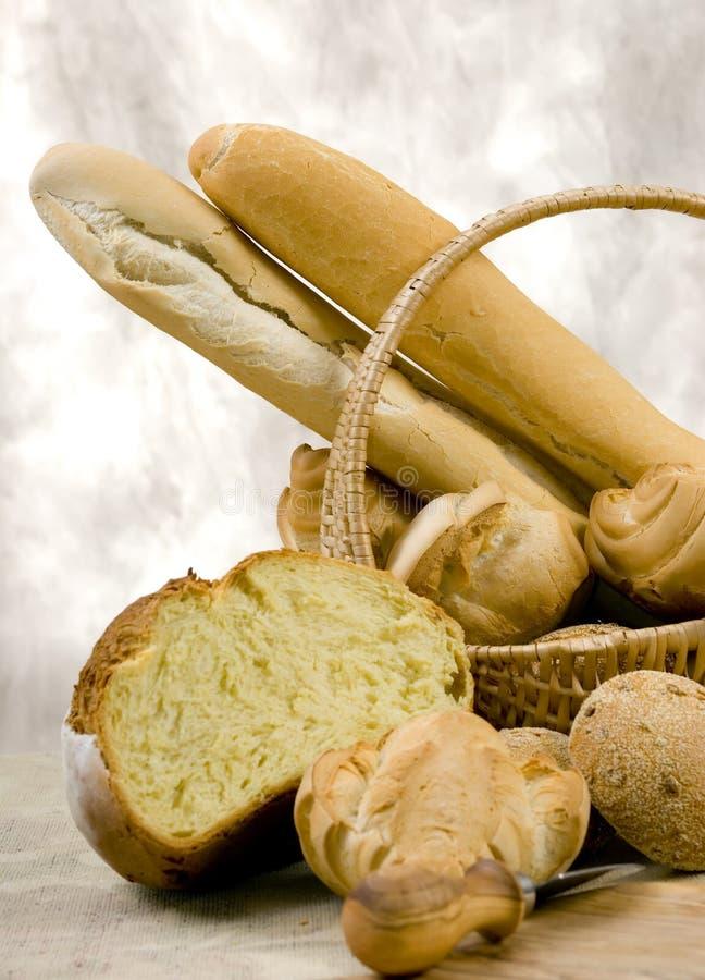 Brot-Serie (Korb des Brotes) lizenzfreies stockfoto