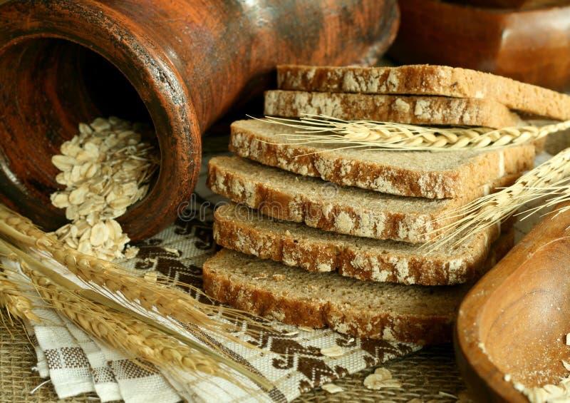 Brot und Ohren lizenzfreie stockfotos