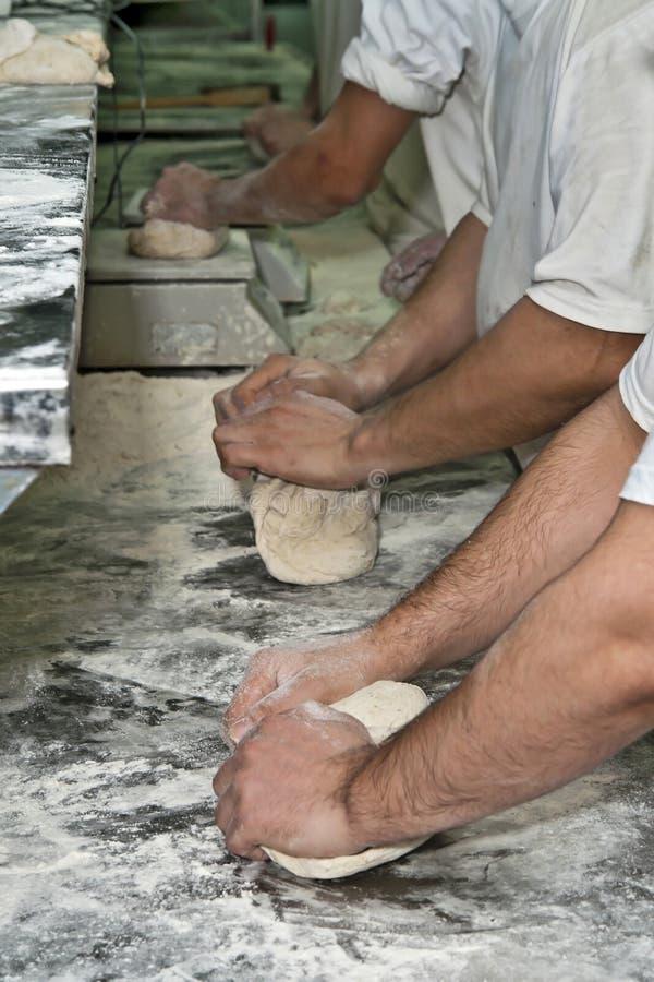 Brotproduktion lizenzfreies stockfoto