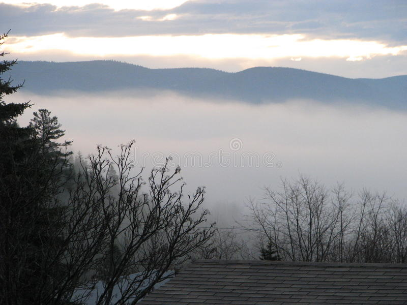 Brouillard étrange photographie stock