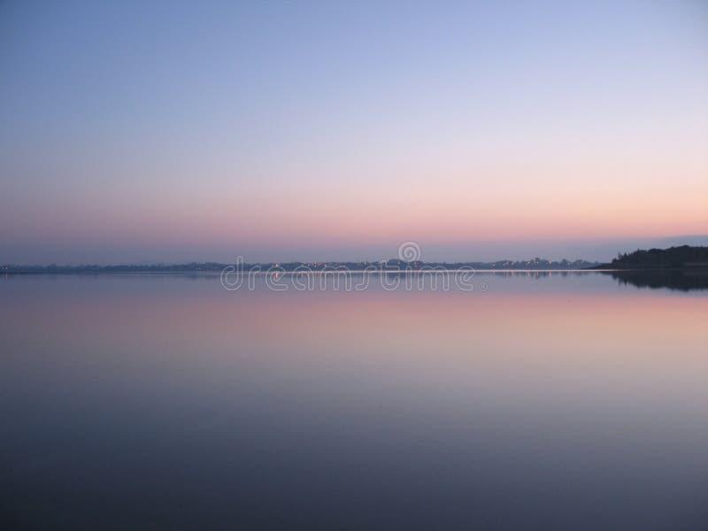 Brouillard de début de la matinée photographie stock