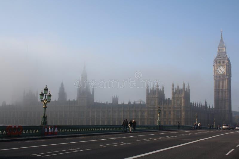 Brouillard de Londres photos stock