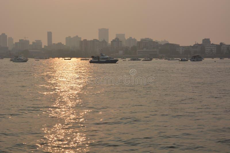 Brouillard enfumé de Mumbai photos libres de droits