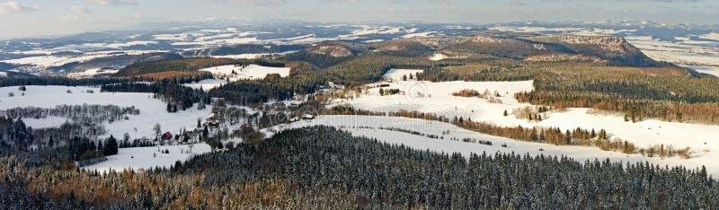 Broumovske Steny Berge stockfoto