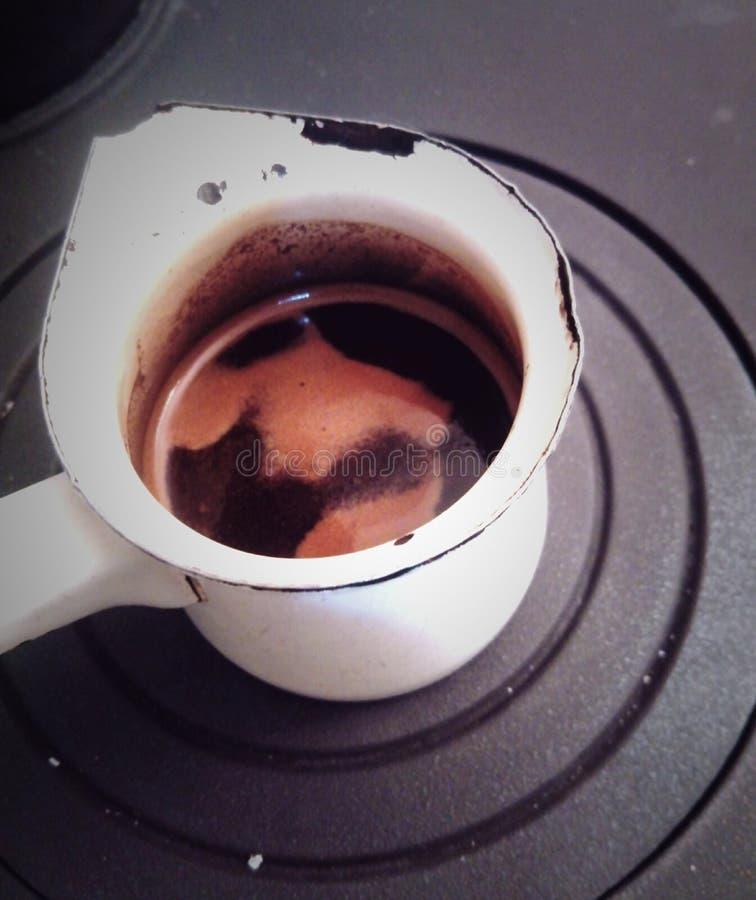 Brouwende koffie royalty-vrije stock afbeelding