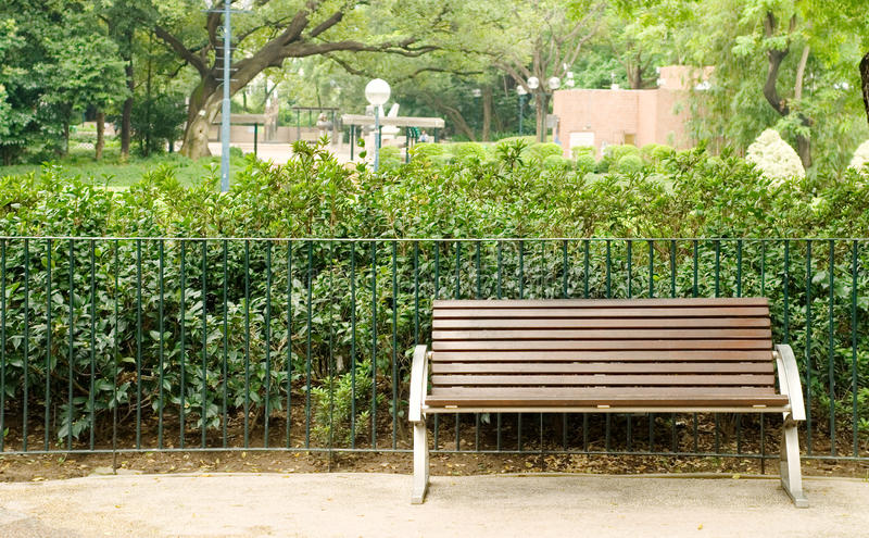 Download Brown Bench With Nobody In The Park Stock Image - Image: 11448527