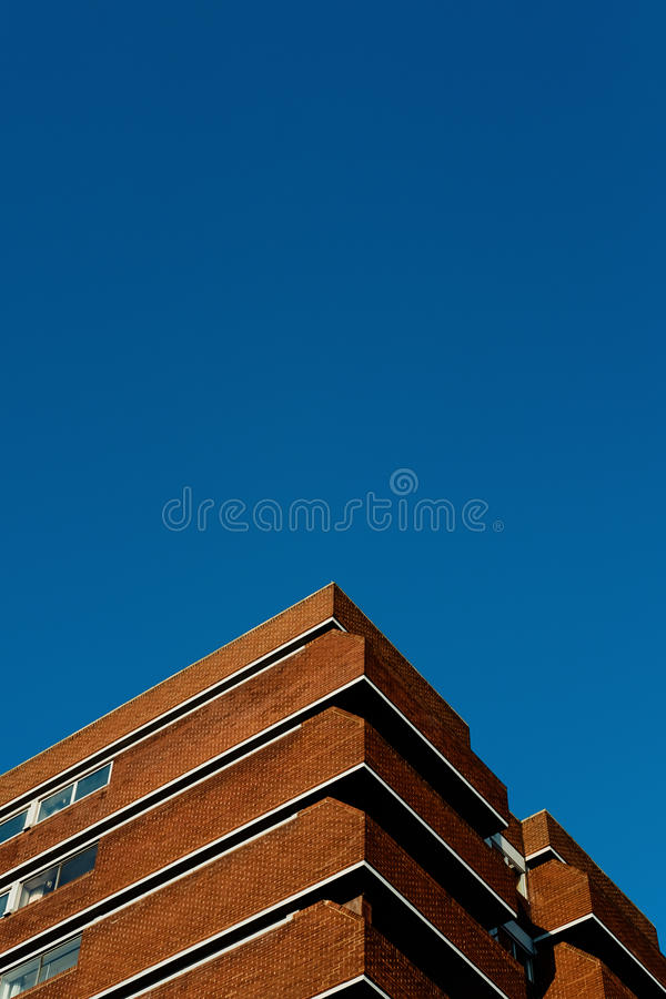 Brown Brick Building Under Blue Sky During Daytime Free Public Domain Cc0 Image