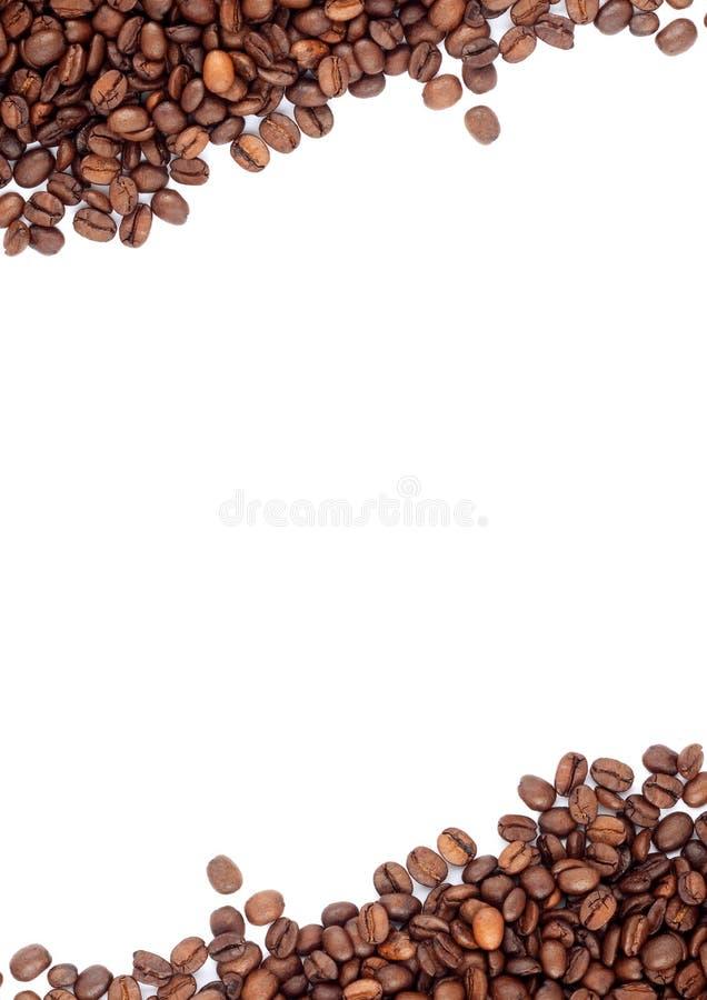 Brown briet Kaffeebohnen lizenzfreie stockfotos