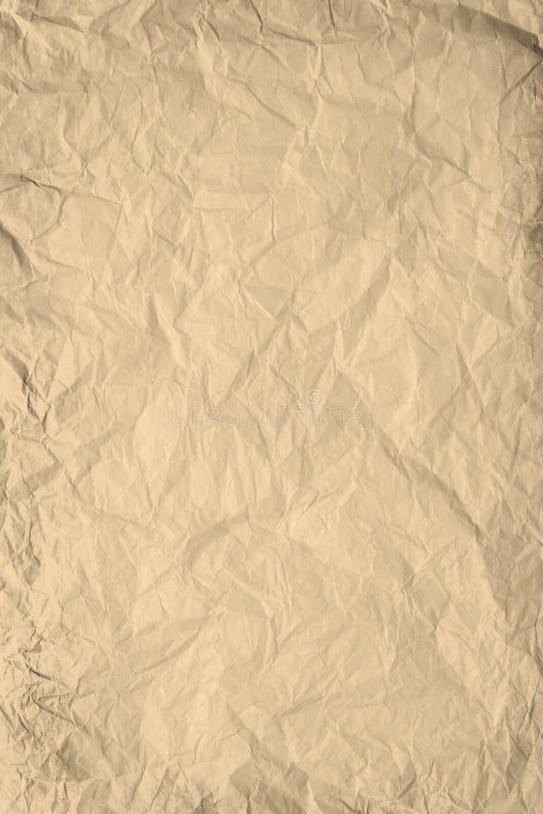 Brown a chiffonné le fond de papier image stock