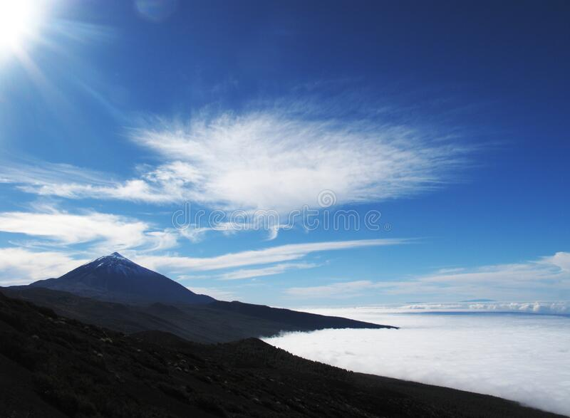 Brown Concrete Mountain Under Blue And White Sky During Dayitme Free Public Domain Cc0 Image