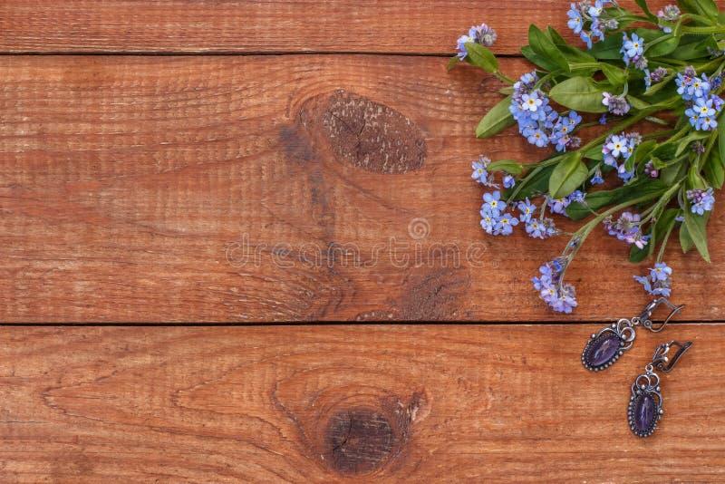 Brown drewniany tło z wiązką ja zdjęcia royalty free