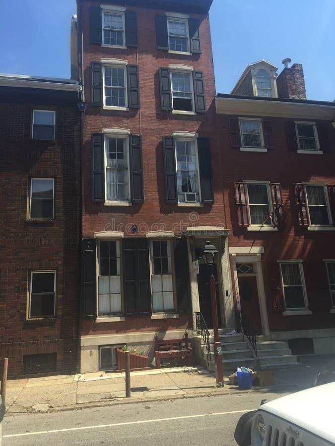 Brown empiedra ciudad-hogares en Washington Square West histórico, Philadelphia, PA cuatro imágenes de archivo libres de regalías