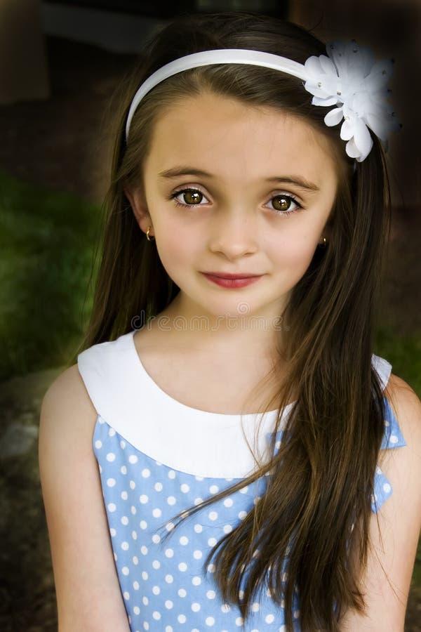 Brown eyed a la muchacha imagen de archivo