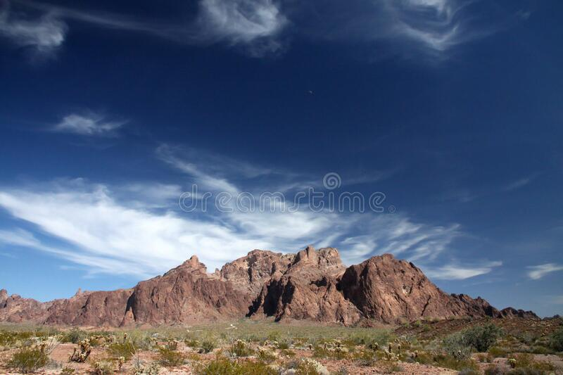 Brown Mountain Under Blue And White Sky During Daytime Free Public Domain Cc0 Image