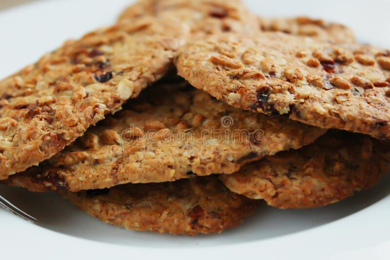 Brown Round Cookies Serve On White Ceramic Plate Free Public Domain Cc0 Image