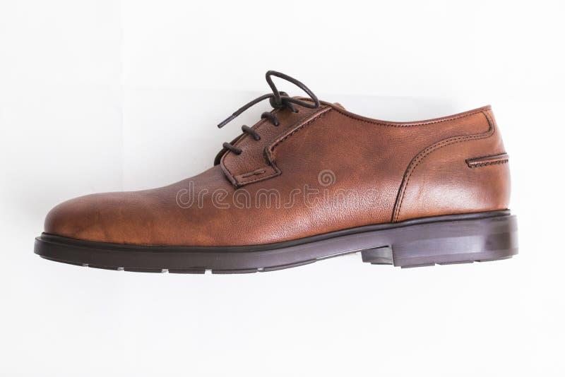 Brown rzemienni buty izolujący zdjęcia royalty free