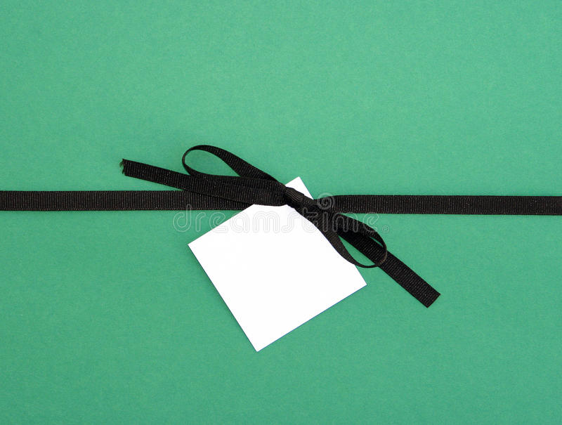Brown Tasiemkowy Łęk z Pustego miejsca Notatki karty Etykietką fotografia stock