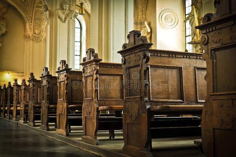 Brown Wooden Church Pew Free Public Domain Cc0 Image
