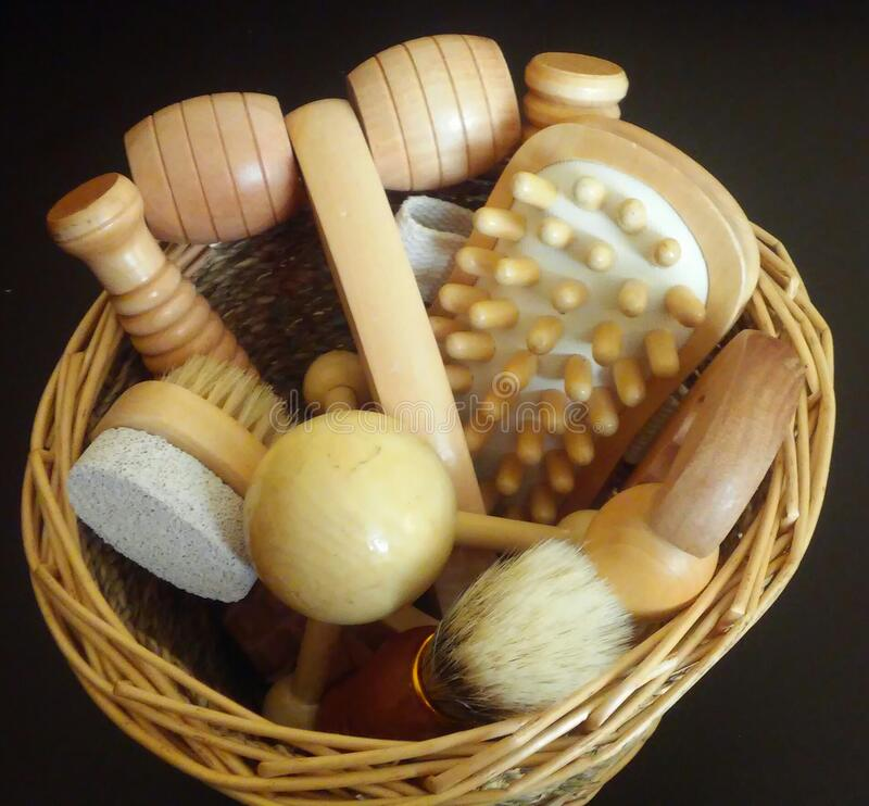 Brown Wooden Comb Free Public Domain Cc0 Image