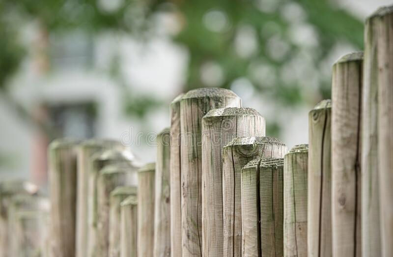 Brown Wooden Fence In Front Free Public Domain Cc0 Image