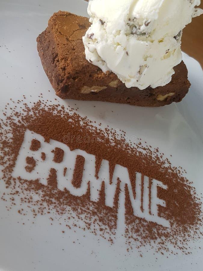 Brownie delizioso con il gelato Cioccolato fotografie stock