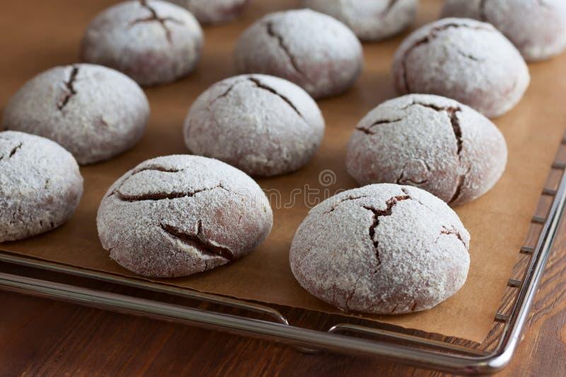 Brownie krinkle koekjes Het dessert van de chocolade royalty-vrije stock foto