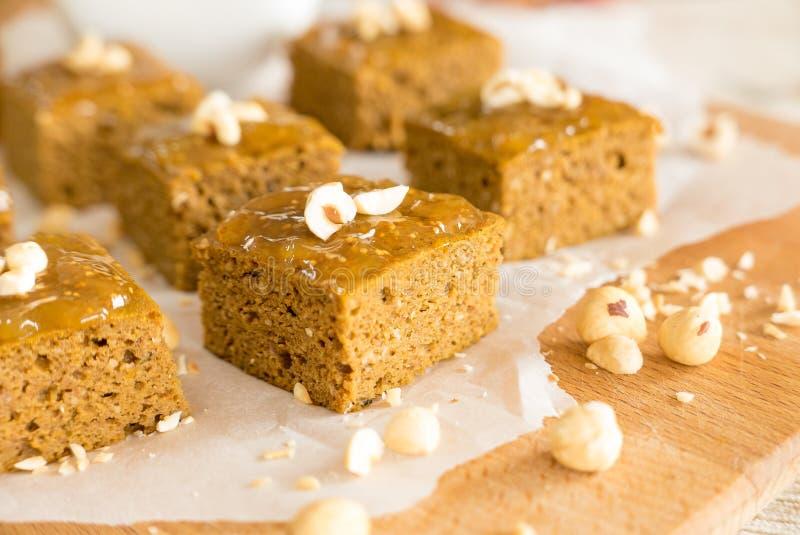 Brownie libres de la calabaza del gluten imagenes de archivo