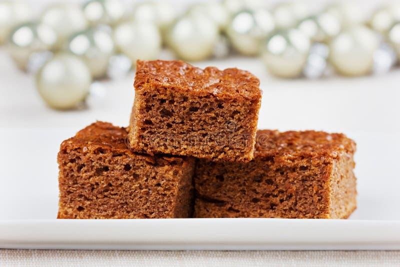 Brownie, torta de chocolate del primer en la placa blanca imagen de archivo libre de regalías